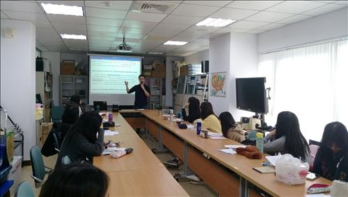 時事英文寫作工坊提供時事英文基礎入門訓練