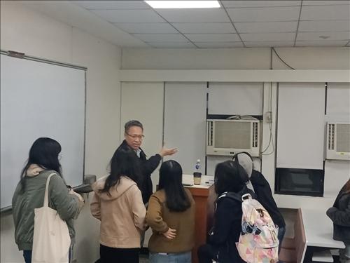 領隊導遊輔導考照研習-學生詢問老師報考技巧