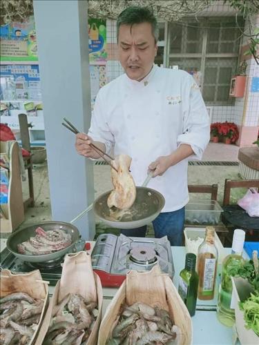 林仁中主廚示範烹煮