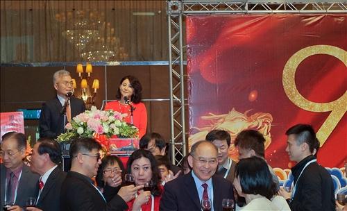恭賀張創辦人伉儷雙壽華誕