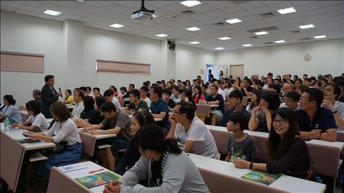喜迎新生暨家長參訪淡江大學