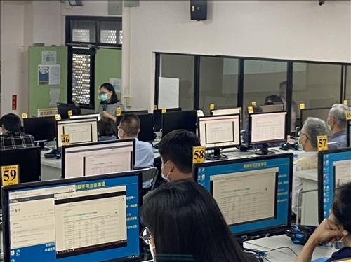 (202) iClass 期中成績管理工作坊