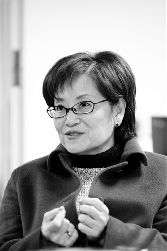 文學院院長趙雅麗