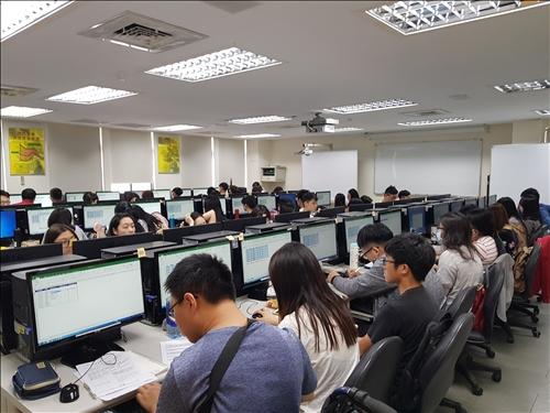 MOS OFFICE認證研習課程情形
