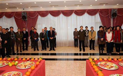 105年新春團拜茶會在三校園同步舉行。