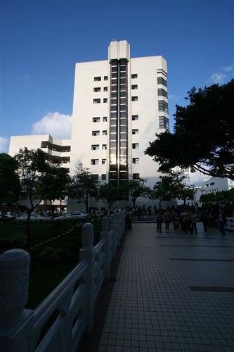 商管大樓外觀-04