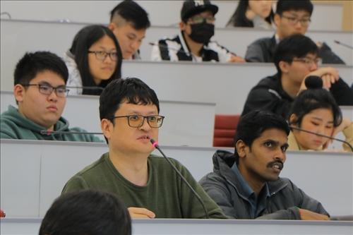 物理系博士班學生提問