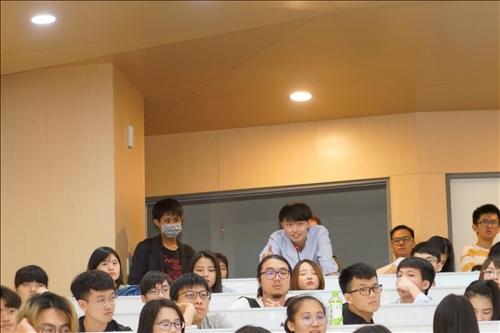 16-學生提問(馮文星攝影)