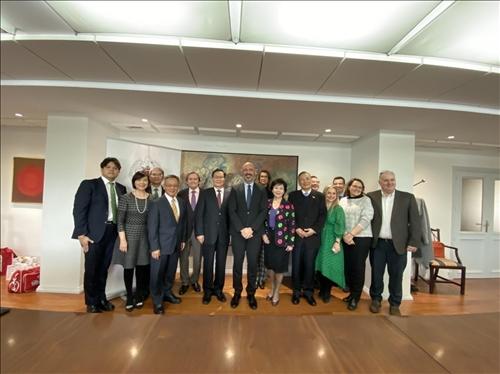 3-108年11月11日本校訪問團至西班牙馬德里大學參訪