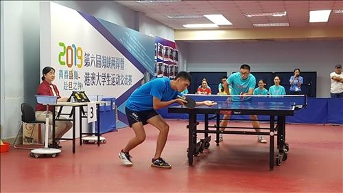 16-本校桌球隊土木系四呂理言與南京大學男子單打賽實況。