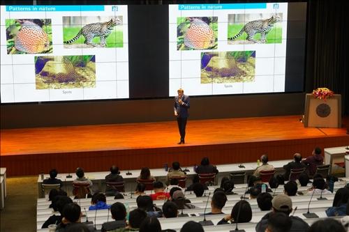 14-Dr. Benoit Pertame演講(馮文星攝影)