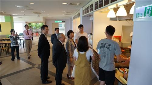 106學年校長與大四學生有約-出國心得分享與經驗交流座談會