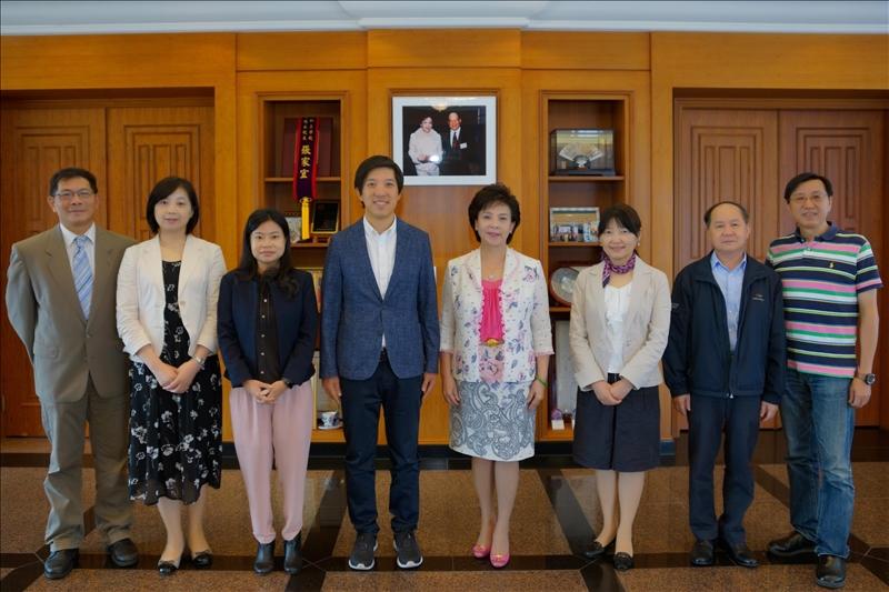 9-Mr. Dan Lin拜會張家宜董事長,並與陪同人員一起合影。(馮文星攝影)
