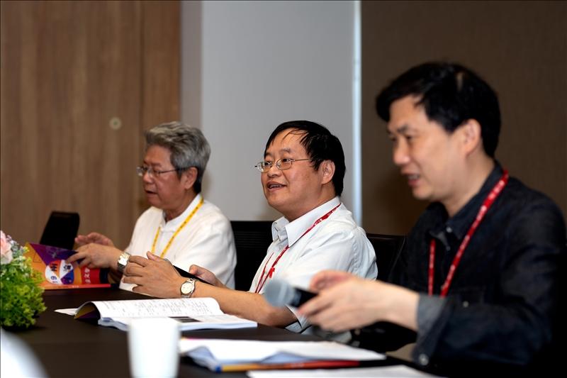 第1場論壇由淡江大學歷史系林煌達教授主持