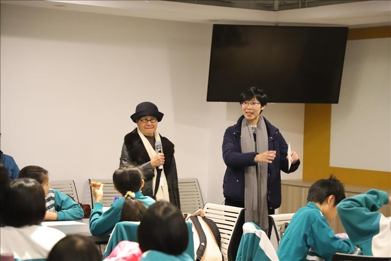 世界咖啡論壇邀請竹圍工作室創辦人蕭麗虹及專案主任陳彥慈與小朋友共同討論提案方向