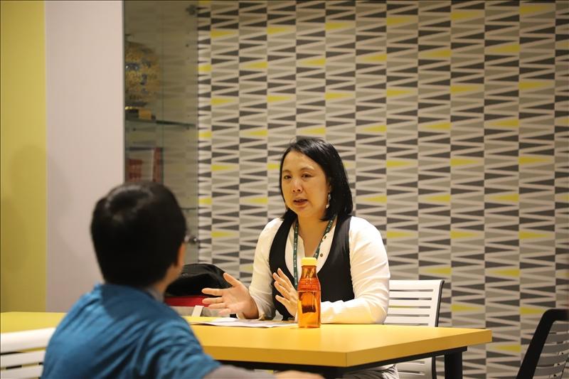 世界咖啡論壇邀請淡江建築系副教授林珍瑩作為業師與學生共同討論