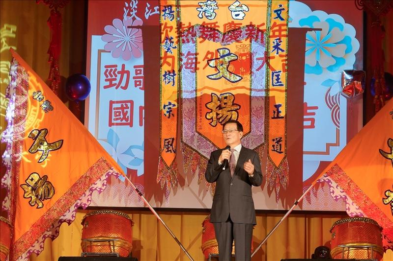 107年度歲末聯歡會,葛煥昭校長致詞。