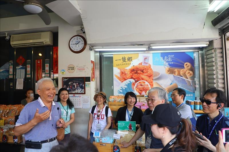 USR合作夥伴登峰魚丸博物館林國峰館長說明與USR計畫合作過程