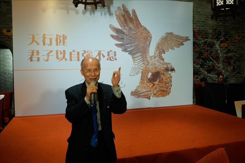 呂慶龍學長致詞(第15屆金鷹校友,前駐法代表處特任大使)