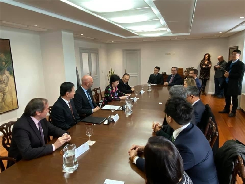 9-本校訪問團與西班牙馬德里大學舉行座談會