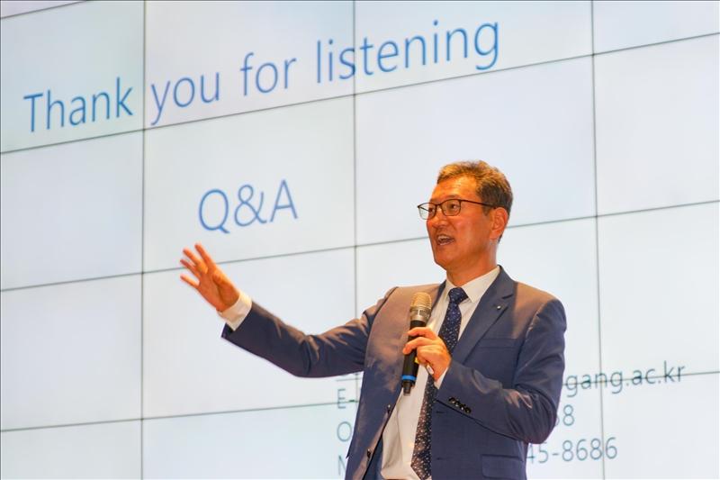 13-Dr. Yong Jin Kim演講(2) (馮文星攝影)