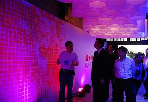 建築系「URS127公店」舉辦「數位迪化設計展」。