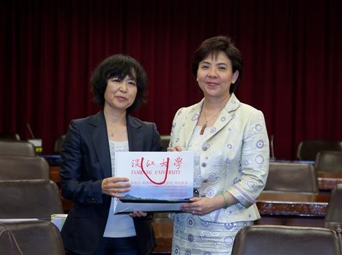 日本姊妹校長崎外國語大學石川校長來訪。