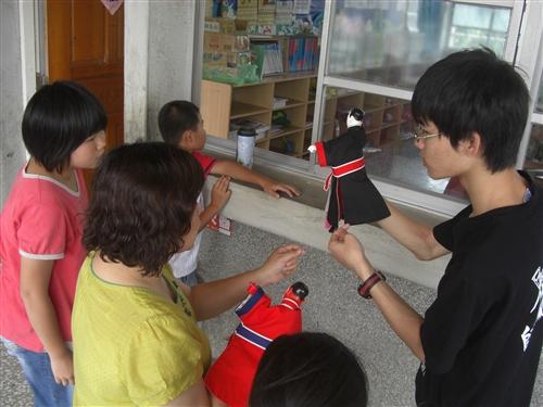 帶動礁溪中小學發展,蘭陽校園發揮「愛、服務、學習」的精神。