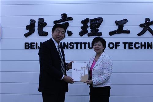 張校長家宜率團赴中國大陸北京大學、北京理工大學及南開大學訪問。