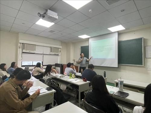 王建茗副教授演講