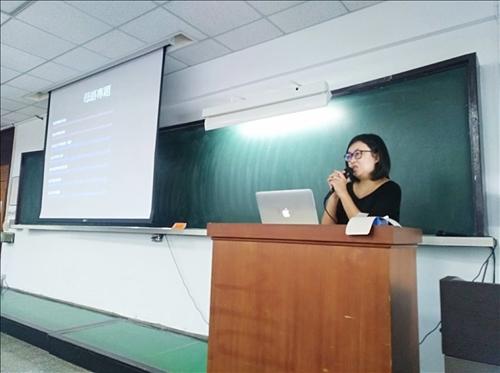 香港「端傳媒」文化主編曹疏影女士演講