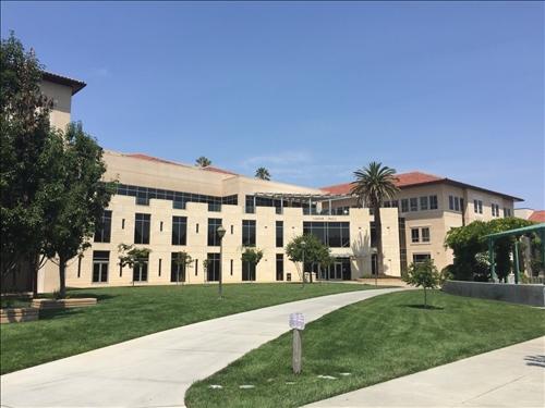 財金系陳鴻崑教授於107年8月14日至9月10日赴美國加州聖塔克拉拉Santa Clara University 駐點研究,執行國際教師駐點計畫。