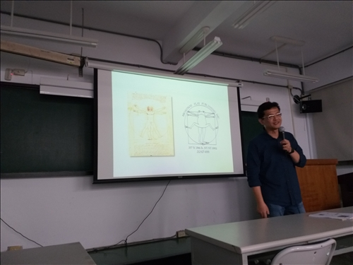 老師示範創造性的設計與思維運作