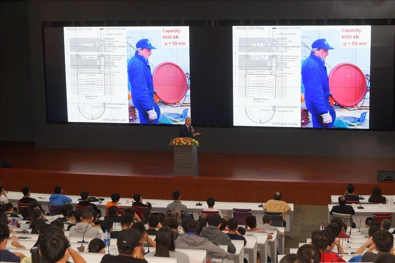 首場熊貓講座-漢斯布蘭多博士進行專題演講(3)