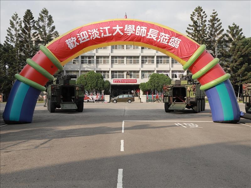 關渡指揮部前山營區大門口(軍訓室拍攝)