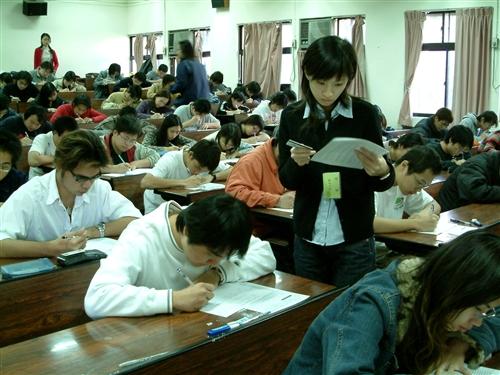 全校性學生基本能力檢測(中文能力、資訊能力)