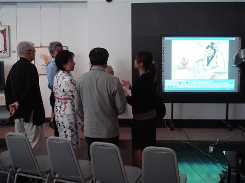 文錙藝術中心舉行「e筆書畫藝術展」,展出國內知名書畫家李奇茂、張炳煌等十餘人運用電腦工具呈現傳統書畫及西畫的創作,作品以紙本及筆跡數位播出,現場並由觀眾自由運筆體驗,為國內外難得一見科技與藝術結合的展演。