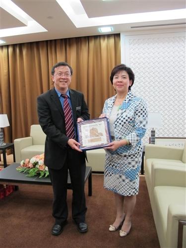 張校長率團赴馬來西亞學術交流及參加馬來西亞校友會創會16週年紀念活動。
