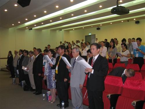 校友總會於金門舉辦會員代表大會,並表揚「第一屆卓越校友」。