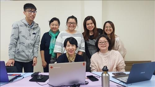 時代華語數位讀書會成員合照