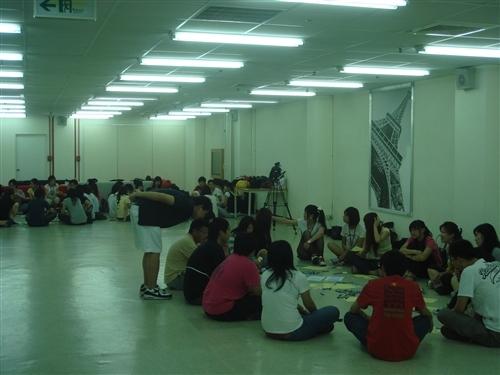 (報名延期至99年6月24日下午5點)本處舉辦2010年暑期「生活英語營-穿越文化、探索自我」活動,敬請 鼓勵貴單位學生及開放予99學年度推甄或申請入學新生踴躍報名參加。