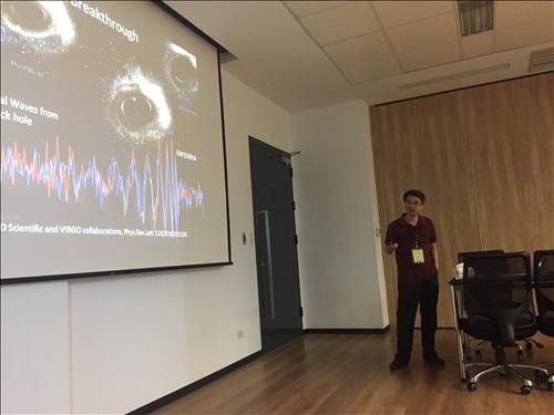 107年度 國外教授來訪學術演講「An Introduction to Modern  Cosmology」演講