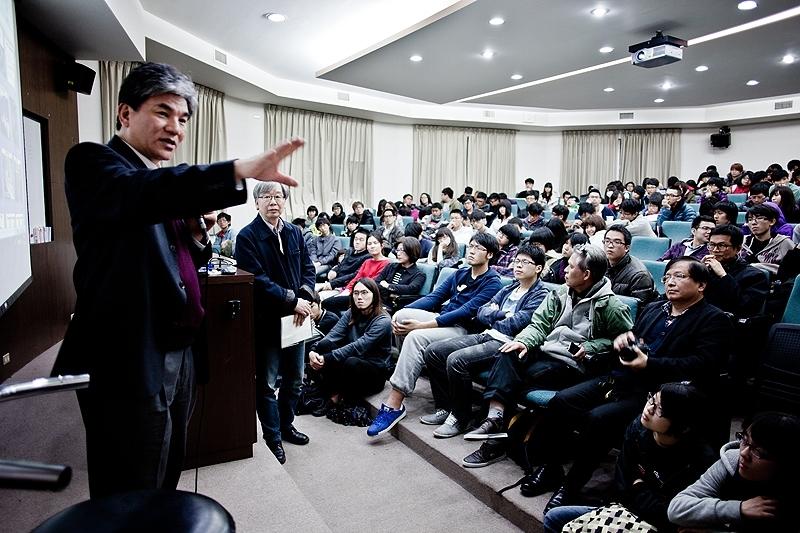 內政部李部長鴻源蒞校專題演講「給台灣2030年的備忘錄」。