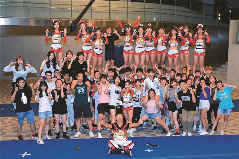 競技啦啦隊於9月21日晚間舉辦迎新活動。(攝影/淡江時報社游晞彤)