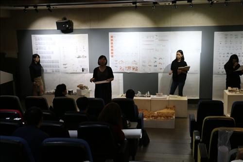 游雅婷老師於課堂開始,說明今日課堂進行流程