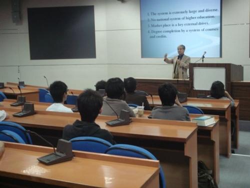 美國舊金山州立大學副校長Dr. Yenbo Wu蒞校訪問並進行演講