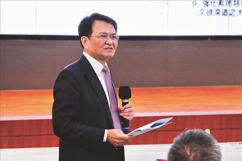 學術副校長何啟東進行分組結論報告。(攝影/淡江時報社黃歡歡)