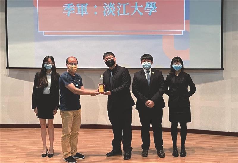 健言社於「第6屆CDPA辯論錦標賽」奪得季軍。(圖/健言社提供)