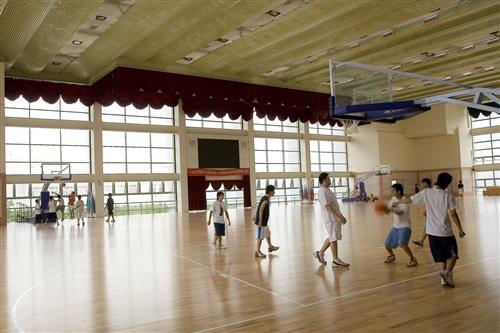 紹謨紀念體育館內景-09
