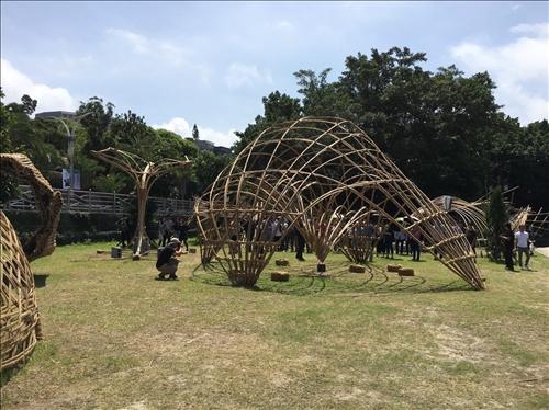 竹波坪亭裝置藝術 呼應淡水自然景觀